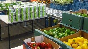 Help ons met het sorteren van de voedselpakketten!