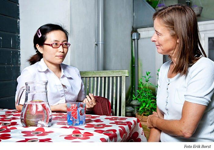 Informeel contact met in anderstaligen in A'dam Oost