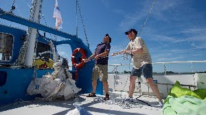 Sailing through Friesland and being a volunteer? That's possible at SailWise