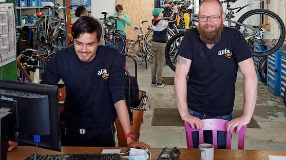 Bike Works Alifa Enschede Jongeren vrijwilligerswerk