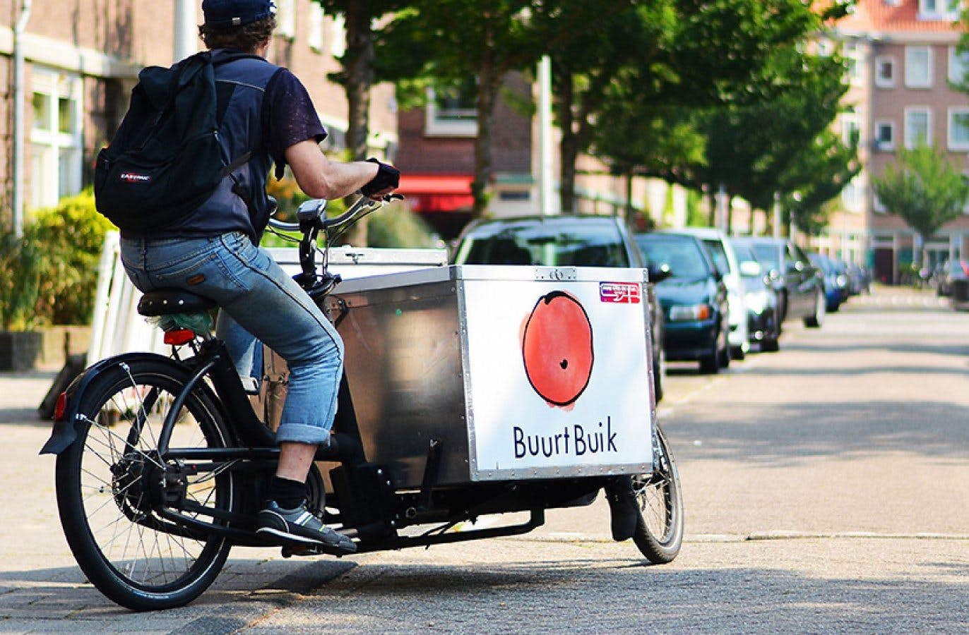 Community Meets Sustainability: How BuurtBuik is bringing people together  while fighting food waste